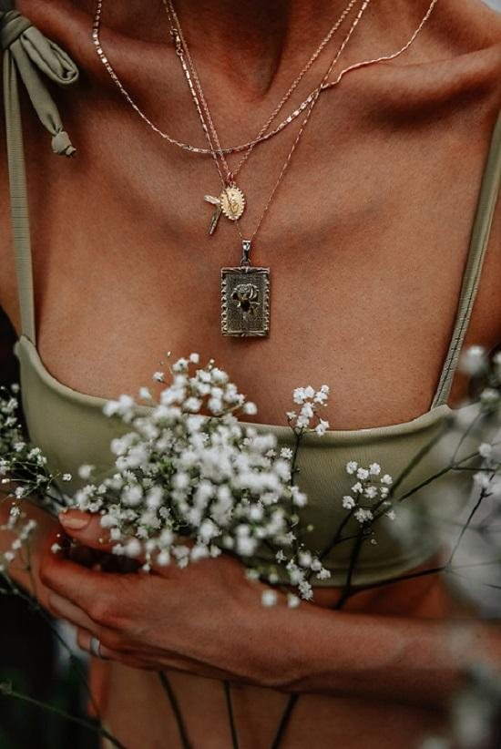 tan and flowers by Anastasija Thirsty for Tan