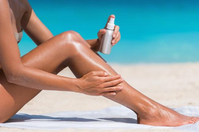 Sunscreen Lotion or Spray – Which One is Better featured