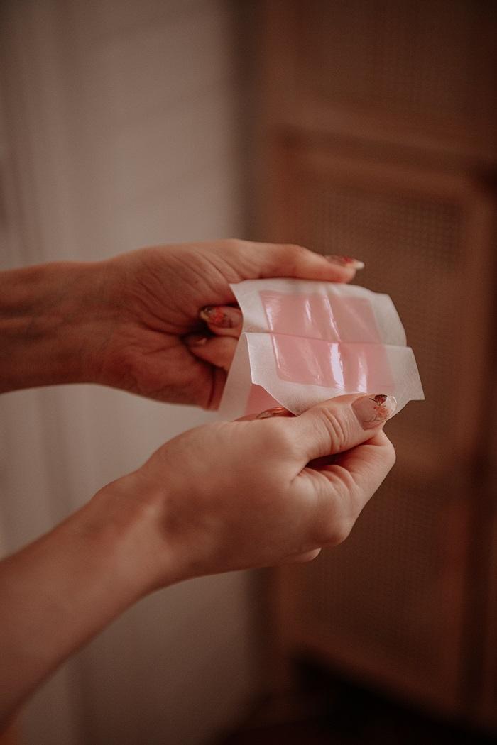 wax strips by Anastasija Thirsty for tan
