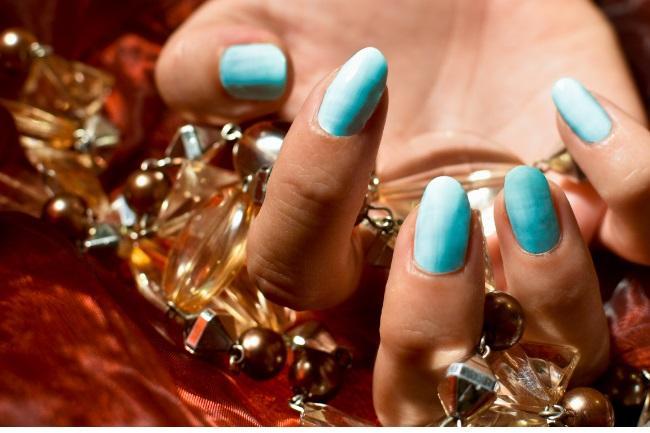 Aqua blue nails