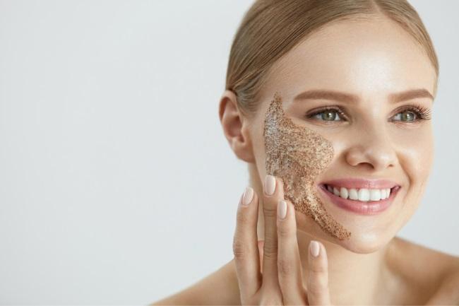exfoliate to clear my acne